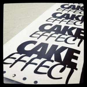 303707 277087145664490 180169172022955 863647 256123556 n 300x300 Cake Effect   Level Problems